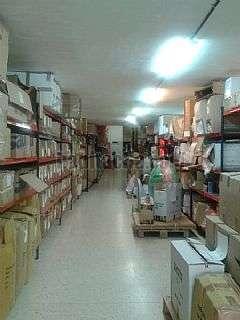 Local Comercial en Barcelona, Sants. Local comercial muy c�ntrico Carrer violant d�hongria reina d�arago,64