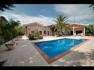 Casa en Tarragona, Centro. Chalet unifamiliar con piscina privada , a 4 minut Company i fernandez de c�rdoba,11