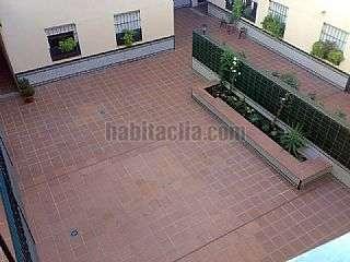 Piso en Sevilla. Calle san jacinto,52