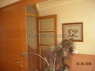 Semi detached house in Barcelona, Sants. Casa 5 plantas parking incluido y s�tano. Carrer santa catalina, 26