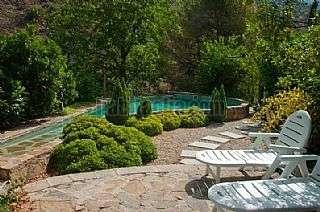 Alquiler Casa en Torres. Casa rustica con piscina frente a una cascada Camino ladera (de la),1