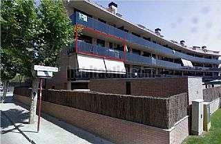 Alquiler Piso en Rub�, Can Alzamora. 5 a�os,exterior,piscina,parking,trastero,parquet. Carrer edison,75