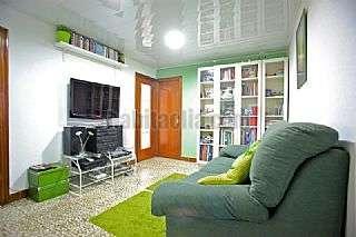 Piso en Hospitalet de Llobregat (L�), Florida. Subrogo hipoteca (eur�bor+0.49). 286 � mensual Pla�a blocs de la florida,7