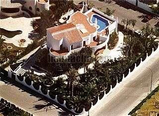 Casa en Campello (el). Casa/mansion 650mts + 1500mts jardin Calle barranc de guaritons,1