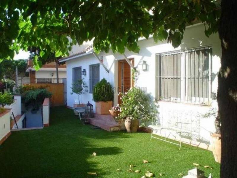Casas en badalona for Casa jardin badalona