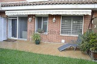 D�plex en Rub�, Can Alzamora. Excelente d�plex con jardin privado Carrer paisos catalans,8