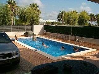 Alquiler Casa pareada en Ampolla (L�). Playa y piscina, vivir todo a�o Carrer ribera d�ebre,20