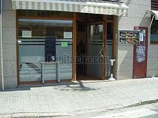Bar en Olesa de Montserrat. Granja-cafeteria en alquiler funcionando Carrer colon,142