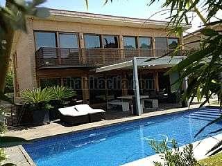 Alquiler Casa en Sant Cugat del Vall�s. Elegante casa en zona de alto standing Carrer ocea atlantic,70