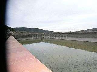Finca r�stica en Vilaplana. Amb mina pr�pia i dues basses grans Carrer major,1