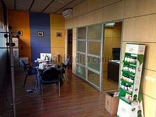 Local Comercial en Barcelona, Sant Mart�. Oficinas amuebladas Andrade,156