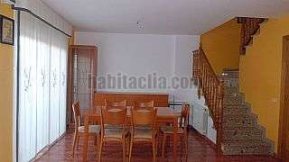 Alquiler Casa adosada  amueblados en Esparreguera, Can comelles. Casa alquiler en esparreguera Carrer boix,6