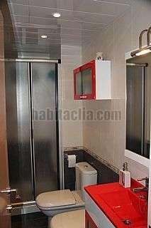 Alquiler Piso en Hospitalet de Llobregat (L�), Bellvitge. Alquiler piso reformado Carrer prat, 32