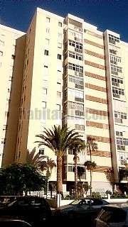 Piso  segunda mano en Palmas de Gran Canaria (Las). Piso reformado para entrar a vivir,amueblado. Calle malaga, 43