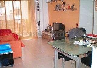 Alquiler Piso en Barcelona, Roquetes. Piso nuevo, amueblado con ascensor Calle jaume pinent, 12
