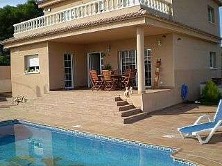 Casa en Cunit, La boronia. Preciosa casa unifamiliar venta cunit Carrer aigua blava, 2